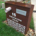 Custom mailbox design 1
